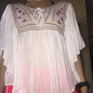Float embroidered blouse